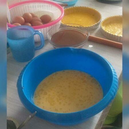 Sekilas Produksi Pie Susu / Lontar - Dapur Mama Kidung - Sengkaling Malang, eMBe UMKM, Gerakan Warga GKJW
