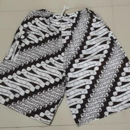 Celana Pendek Batik - Wates Mojokerto, eMBe UMKM, GKJW