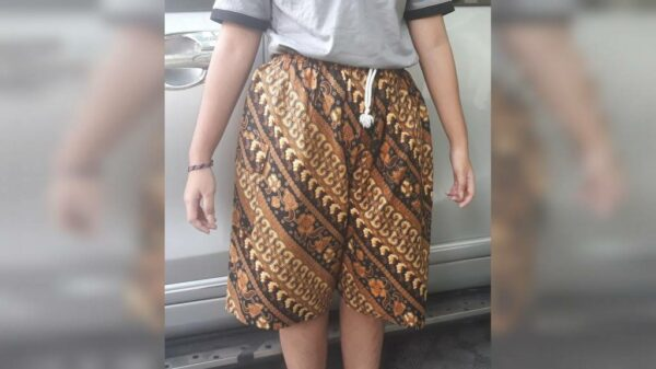 Celana Pendek Batik - Wates Mojokerto, eMBe UMKM, Gerakan Warga GKJW.org