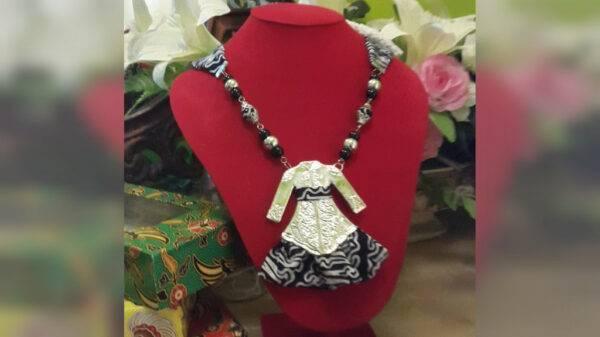 Kalung Batik - Manna Collection n Handicrafts - Jombang, eMBe UMKM, GKJW.org