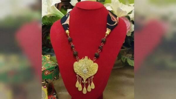 Kalung Batik - Manna Collection n Handicrafts - Jombang, eMBe UMKM, UMKM GKJW.org